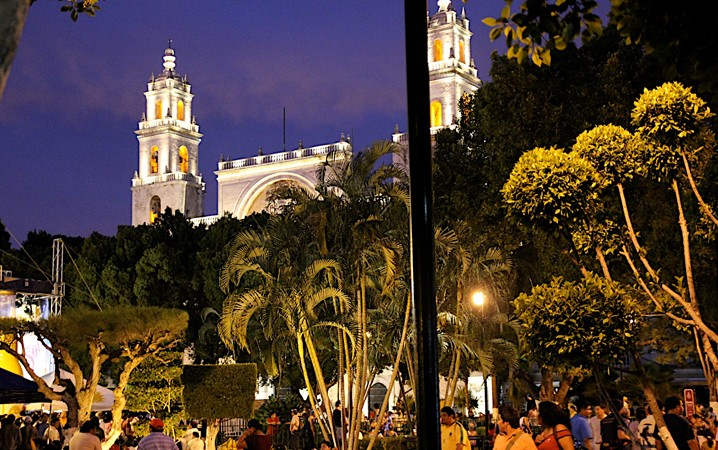 20140311-0804-plaza-grande
